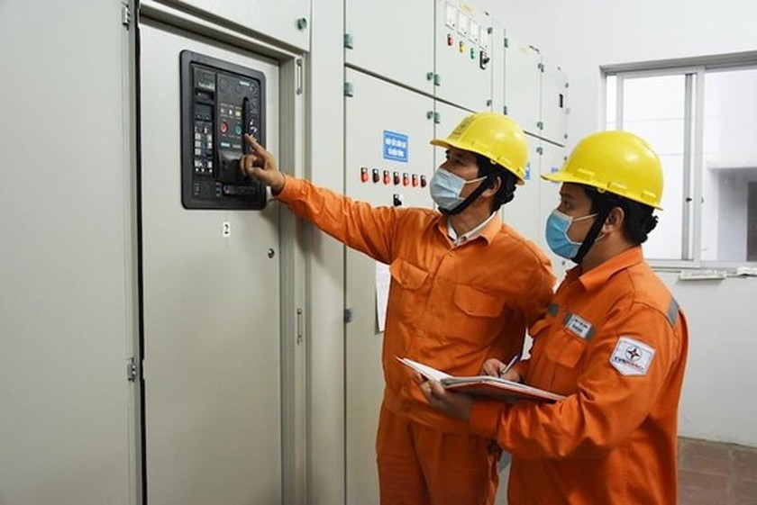 Power sector ensures electricity supply in Southern regions in Covid-19 fight ảnh 1
