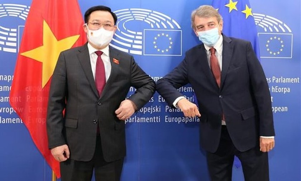 Top leaders of Vietnamese, European parliaments hold talks ảnh 1
