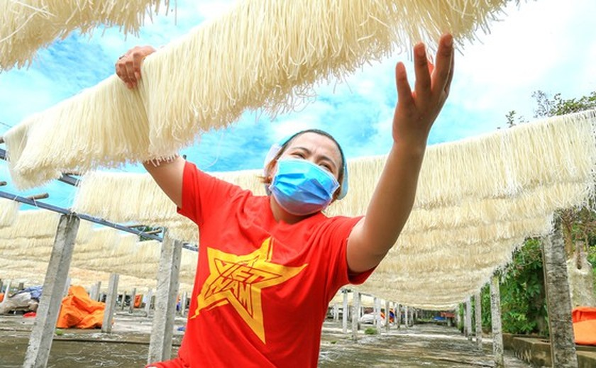 Traditional trade villages step-by-step restore production activities ảnh 1