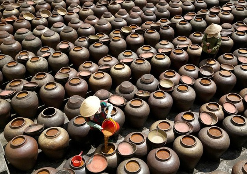 Traditional trade villages step-by-step restore production activities ảnh 4