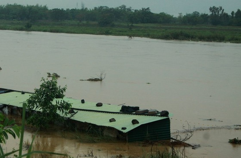 Central localities strengthen flood prevention operations ảnh 1