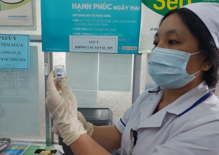 Mekong Delta localities implement large-scale Covid-19 vaccination  ảnh 1