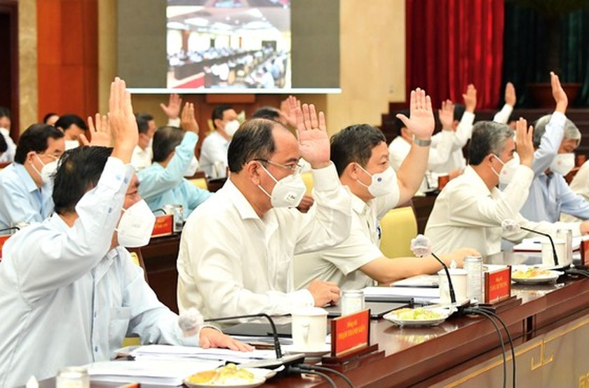 Key contents hinted at 9th extended conference of HCMC Party Executive Committee ảnh 2