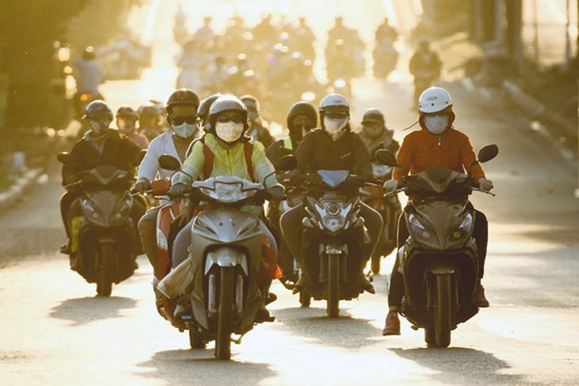 Severe traffic snarl occurs with streams of holidaymakers return to HCMC  ảnh 13