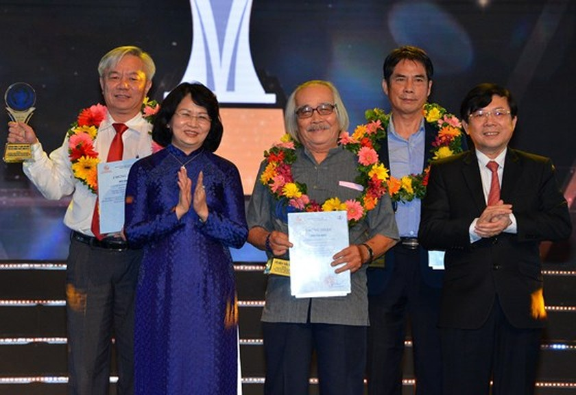 HCMC honors inspiring creators with reputable award for first time ảnh 4