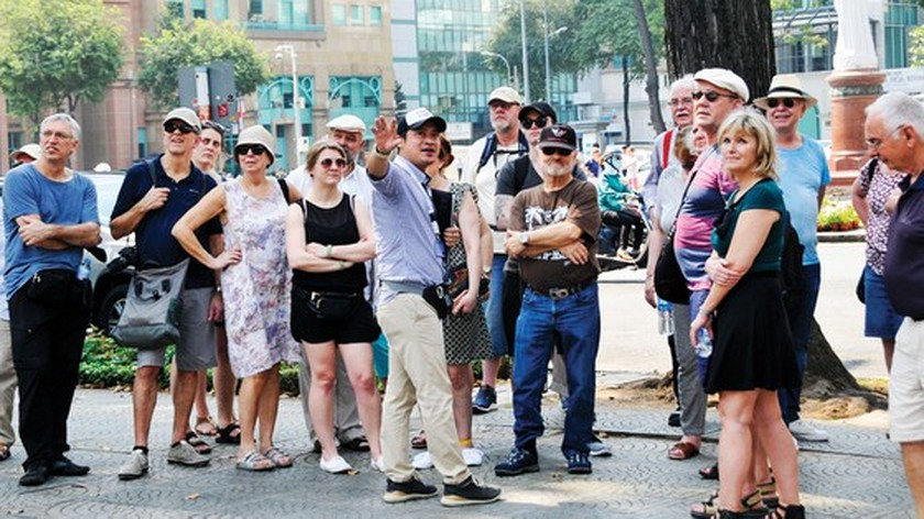 Tourist industry debates solutions to cope with Covid-19 in HCMC ảnh 1