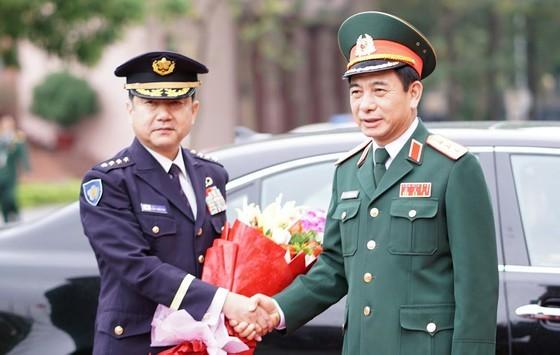 Top officer of Japan's Self-Defence Forces visits Vietnam ảnh 1