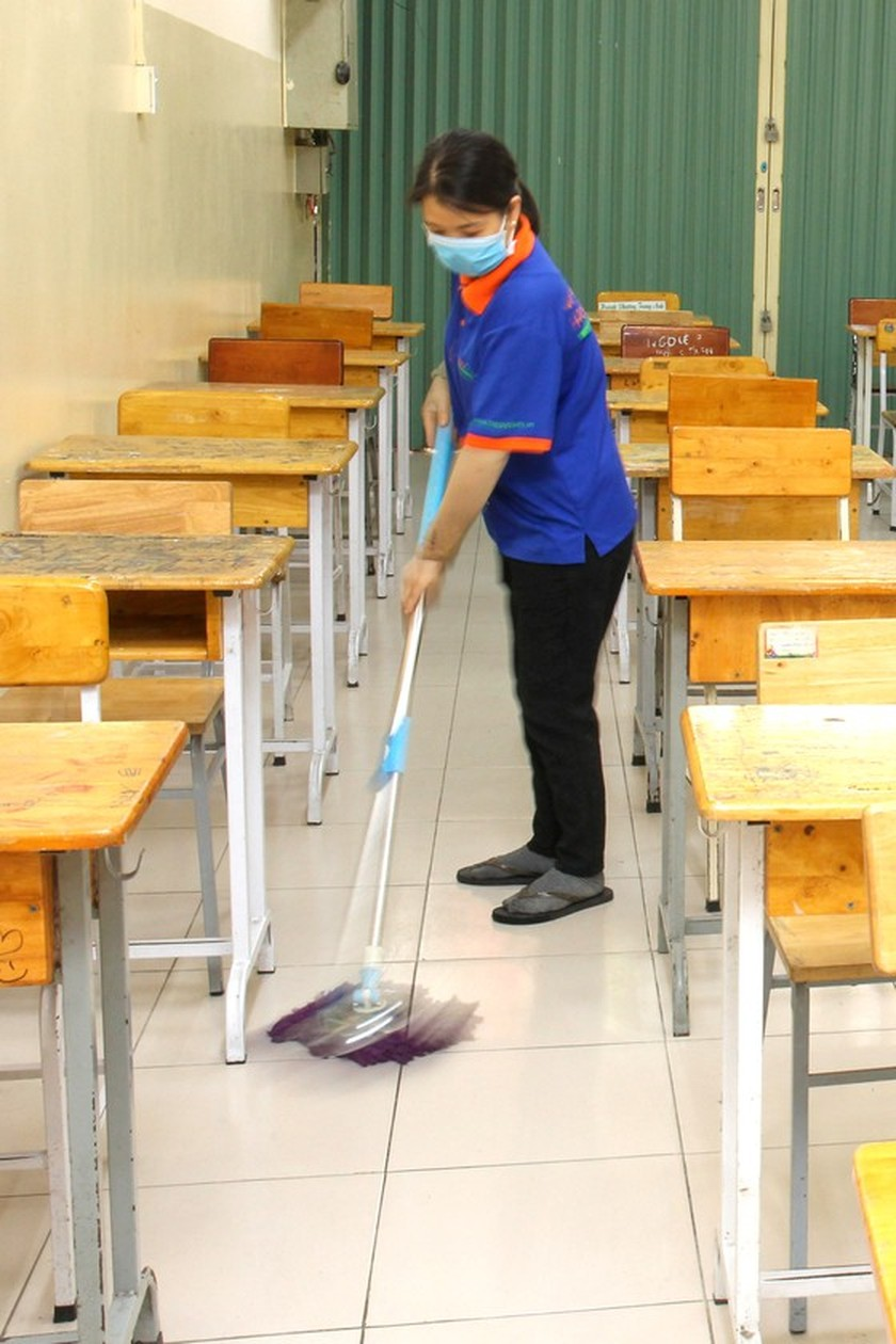 HCMC ready to receive students back ảnh 6