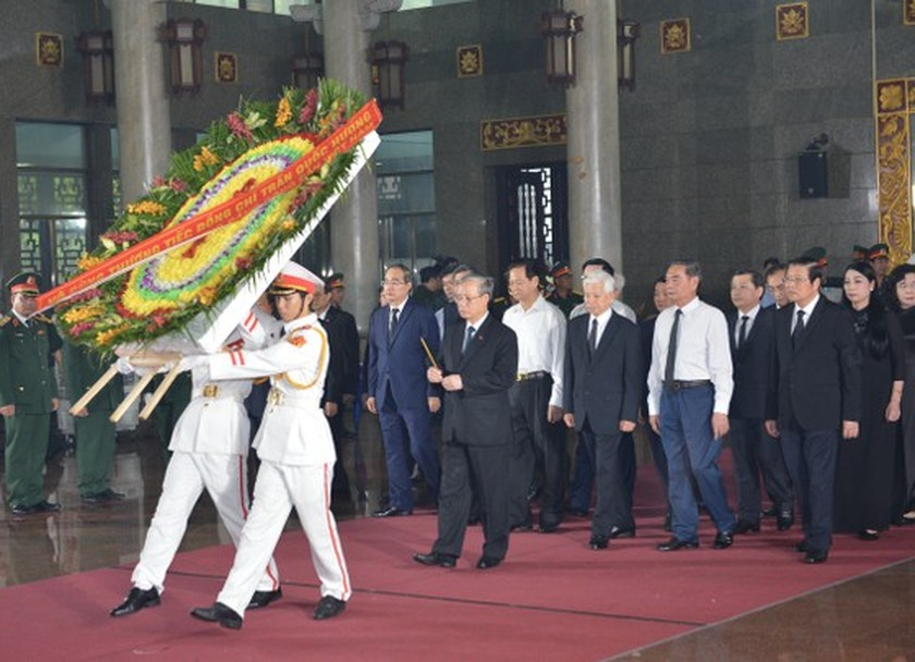 State funeral held in HCMC for former Party leader Tran Quoc Huong  ảnh 5