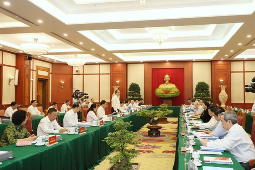 Party leader approves HCMC's preparations for 11th municipal Party Congress ảnh 3