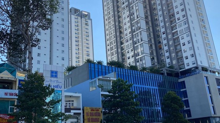 HCMC to sanction apartment project investors for lack of red books ảnh 1