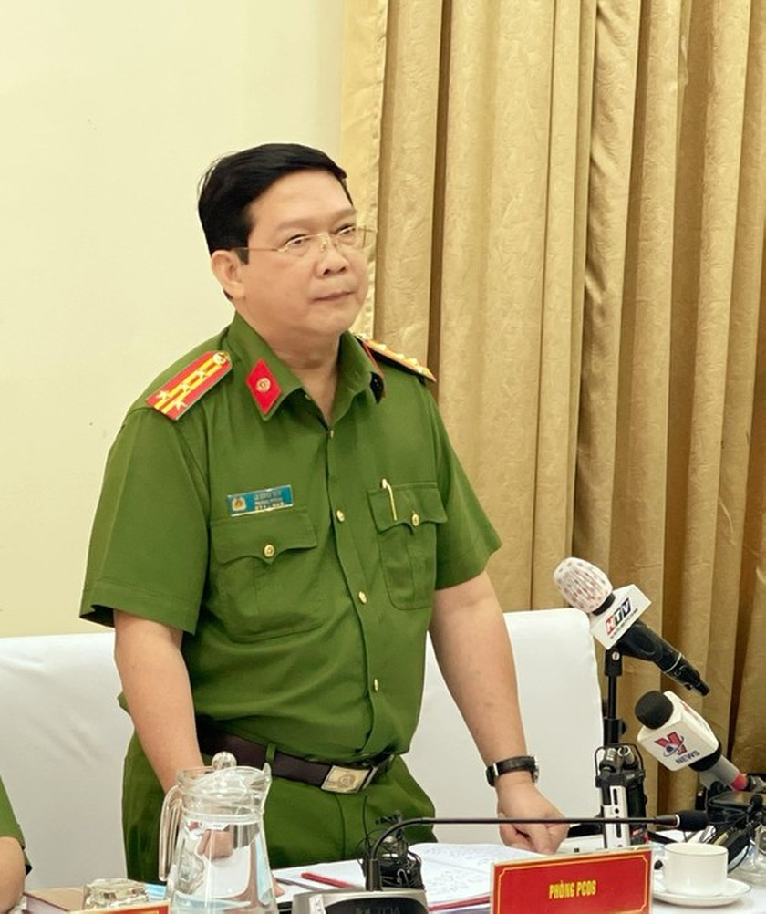 HCMC to issue chip ID cards to 7 million denizens ảnh 1