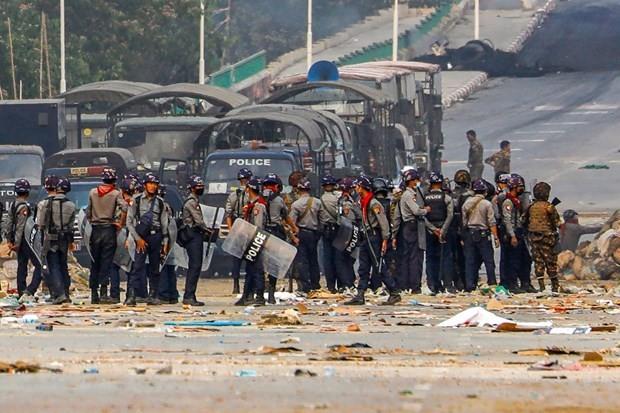 Vietnam voices concern over Myanmar's escalating violence ảnh 1