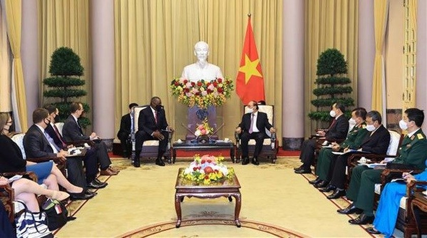 Vietnam regards US as leading partner in foreign policy: President ảnh 1
