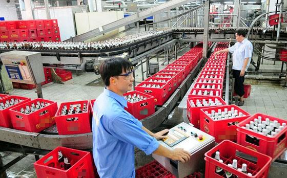 Beer companies struggling under pandemic ảnh 1