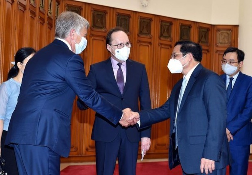 PM commits optimal conditions for newly-appointed Russian Ambassador ảnh 1