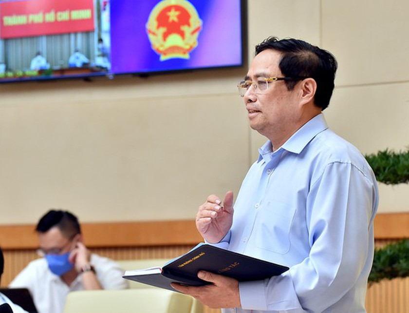 PM requests stronger Covid-19 prevention and control nationwide ảnh 1