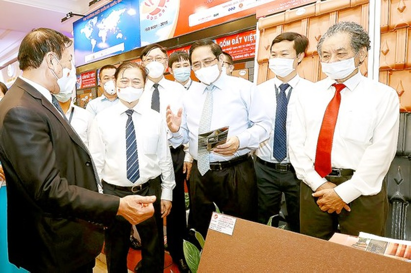 Government to build action plan on sci-tech development: PM ảnh 1