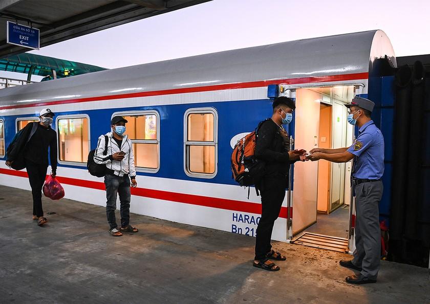 Đường sắt xin vay cứu trợ 800 tỷ đồng ảnh 1