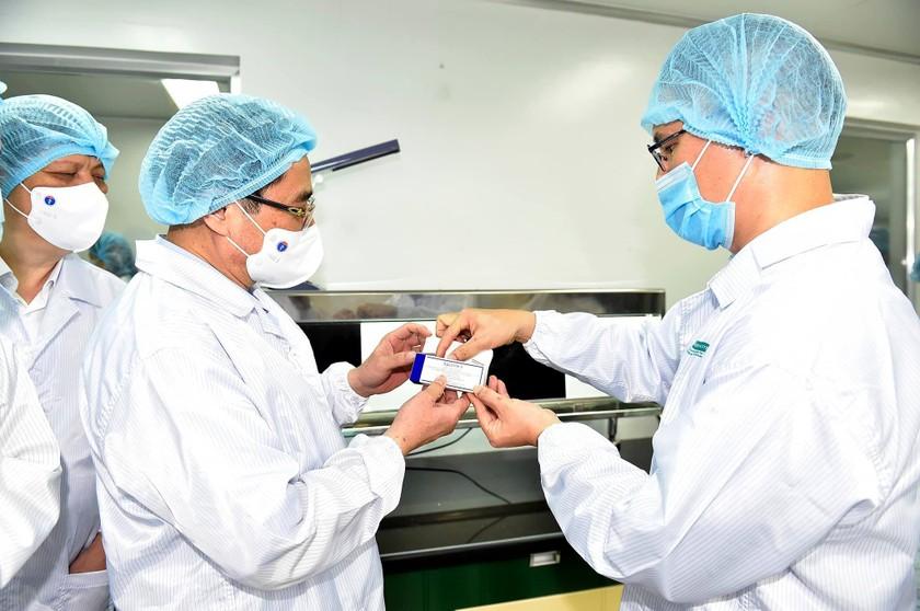 Việt Nam sắp có nhà máy vaccine 100 triệu liều do Mỹ chuyển giao công nghệ ảnh 1