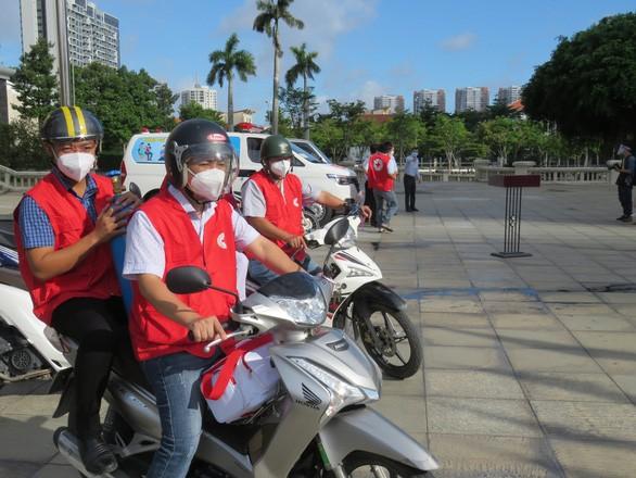 TP Thủ Đức đưa các đội tiêm vaccine lưu động đến từng khu phố ảnh 2