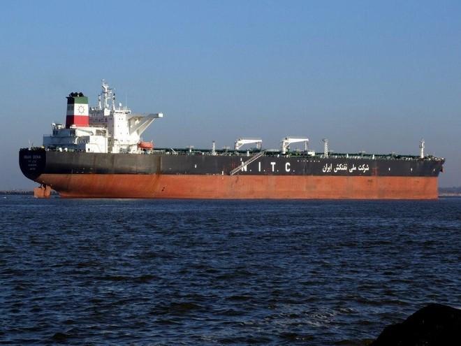 Mỹ bán 2 triệu thùng dầu thô của Iran bị thu giữ ngoài khơi, Tehran phản ứng bất ngờ