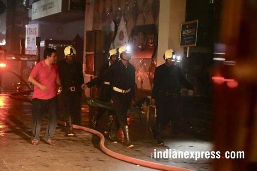 Fire in Mumbai kills at least 15 people: Indian police  ảnh 3