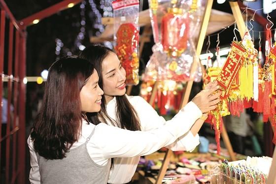 HCMC welcomes New Year 2018 ảnh 2