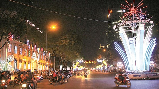 HCMC welcomes New Year 2018 ảnh 4