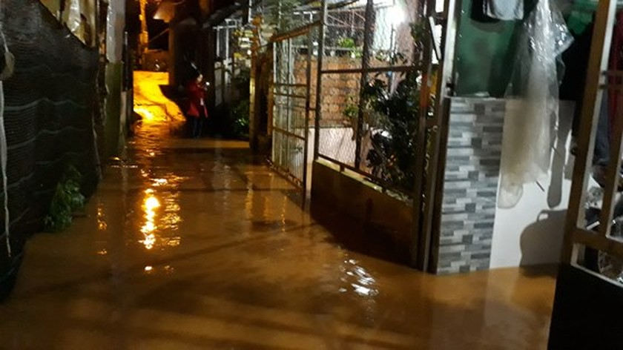 Heavy rain floods Dalat City   ảnh 2