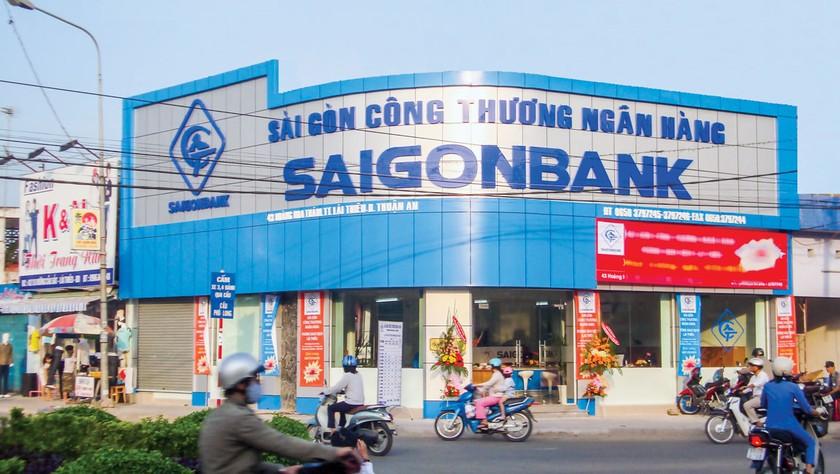 """Saigonbank """"cài số lùi"""" ảnh 1"""