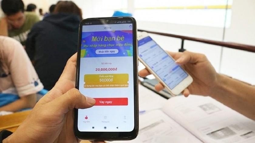 Cách đòi nợ của nhân viên các app còn tàn khốc hơn cả tín dụng đen ngoài đời. (Ảnh minh họa: KT)