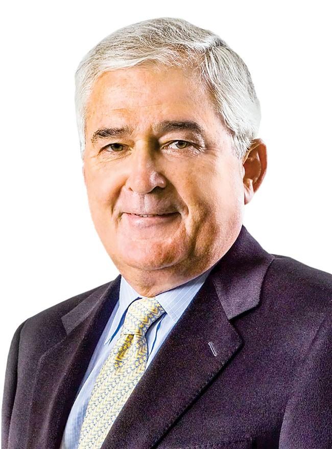 CEO Louis Gerstner - Giải cứu IBM thoát khủng hoảng ảnh 1