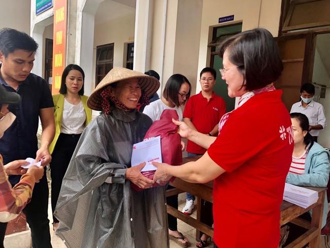 TNG Holdings Vietnam hỗ trợ 600 hộ dân miền Trung tái ổn định cuộc sống  ảnh 1