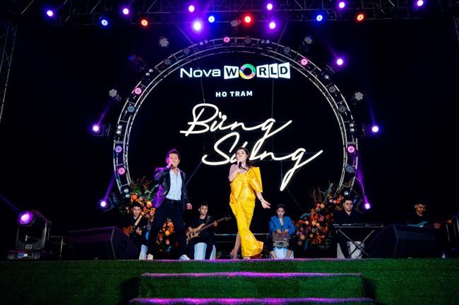 """Hàng ngàn khách hàng tham dự sự kiện """"Bừng sáng NovaWorld Ho Tram"""" ảnh 6"""