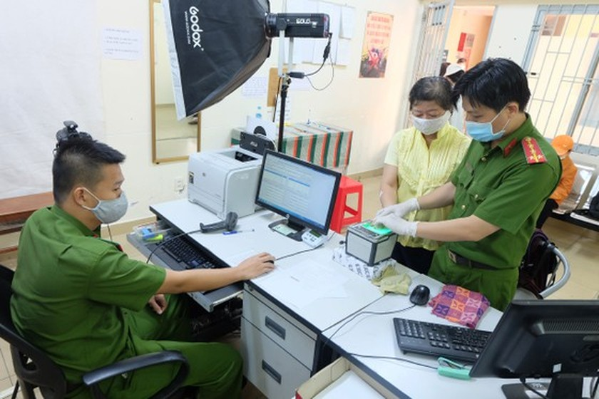 Modern technologies effectively applied in citizen ID issuance ảnh 1