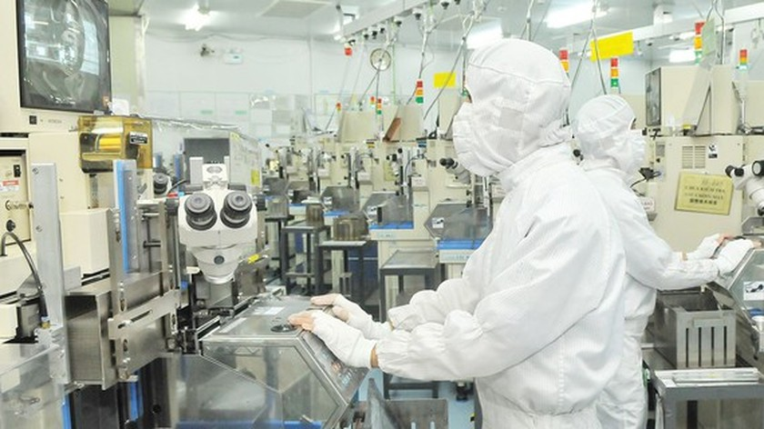 HCMC to use high technologies to reduce labor-intensive status ảnh 1