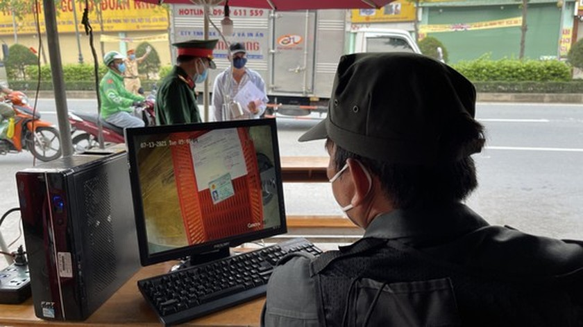 Camera system to scan documents piloted at Covid-19 checkpoints  ảnh 6