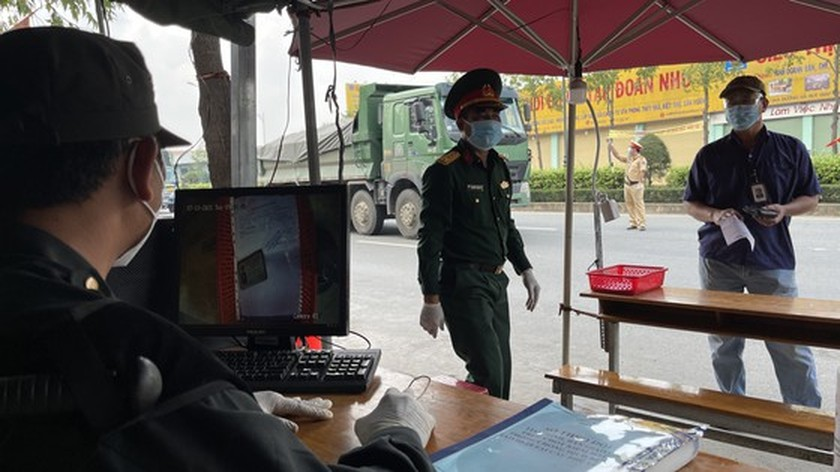 Camera system to scan documents piloted at Covid-19 checkpoints  ảnh 7