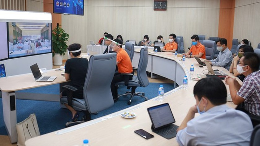 IT enterprises in HCMC strictly observe '3 on-site' rule to prevent Covid-19 spread  ảnh 1
