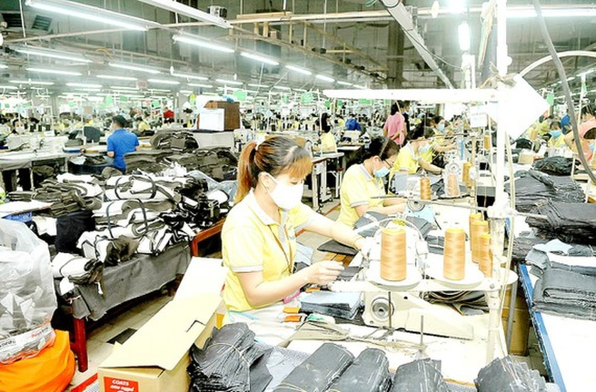 Foreign enterprises look for sources of supply in Vietnam ảnh 1