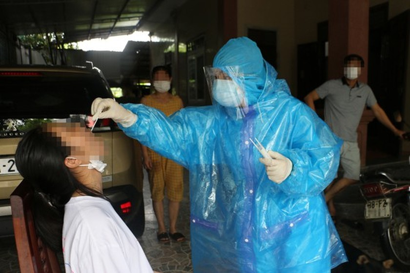 More F1 cases in Binh Duong, Ha Tinh positive for SARS-CoV-2 virus ảnh 2