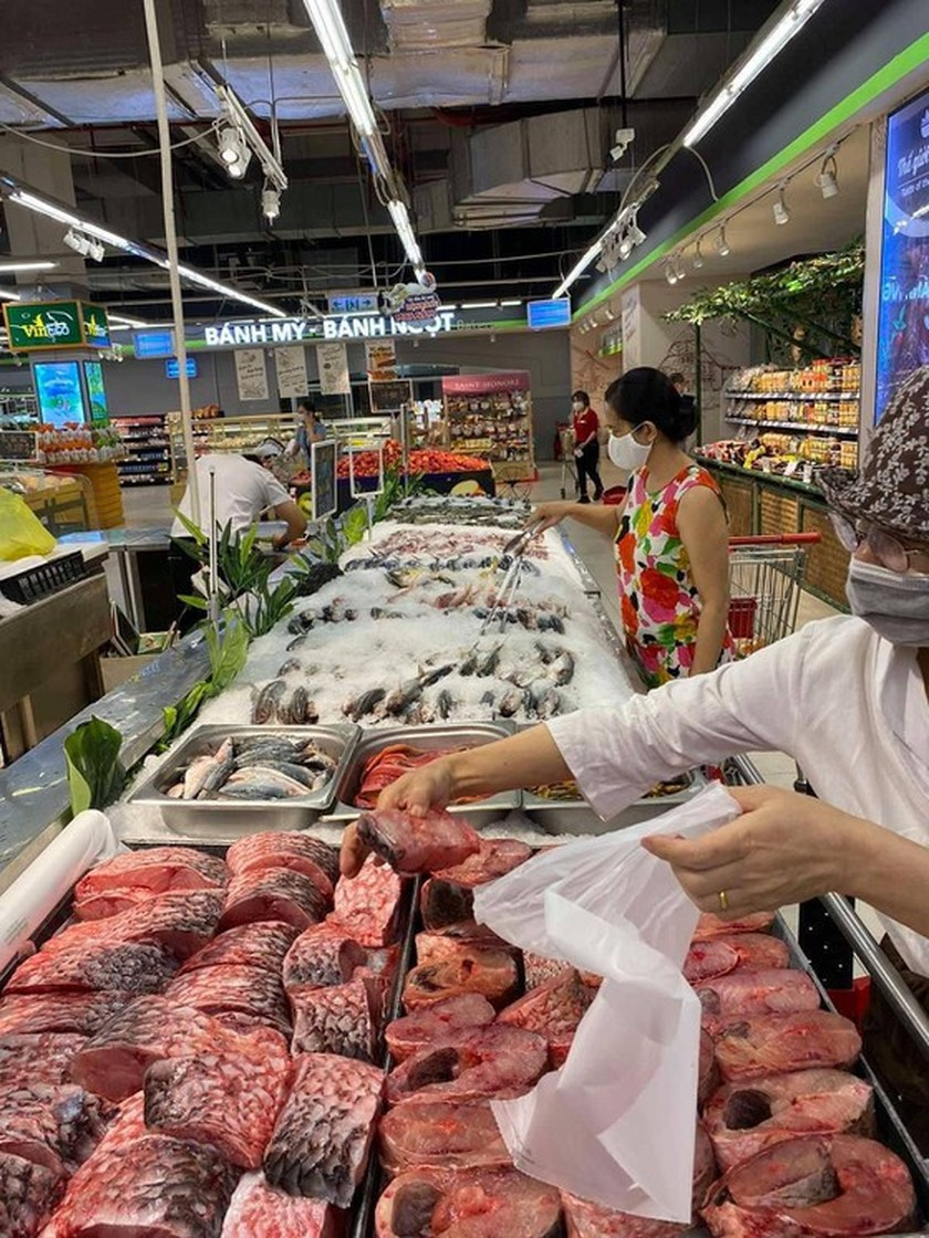 Supply of fruits, aquatic products for HCMC to increase robustly ảnh 1