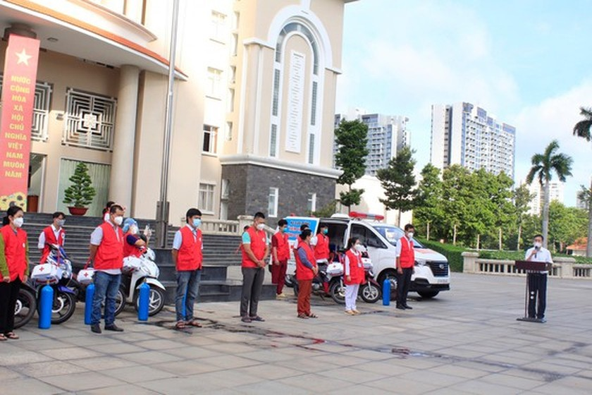 Thu Duc City launches mobile vaccination team ảnh 1