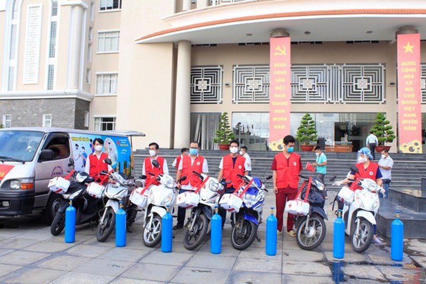 Thu Duc City launches mobile vaccination team ảnh 2