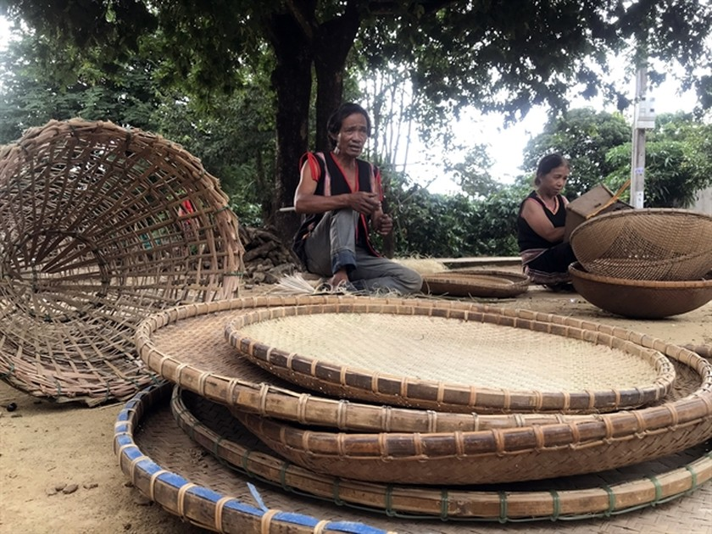 Basketry dreams of a brighter future ảnh 3