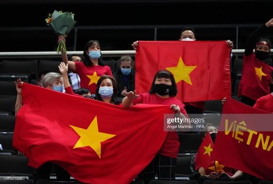 Vietnam Futsal team advances to round of 16 of FIFA Futsal World Cup 2021 ảnh 5