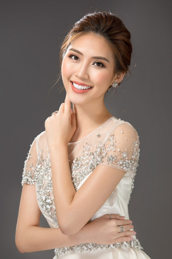Á quân The Face 2017 Tường Linh đại diện Việt Nam tham dự Miss Intercontinental 2017 ảnh 1