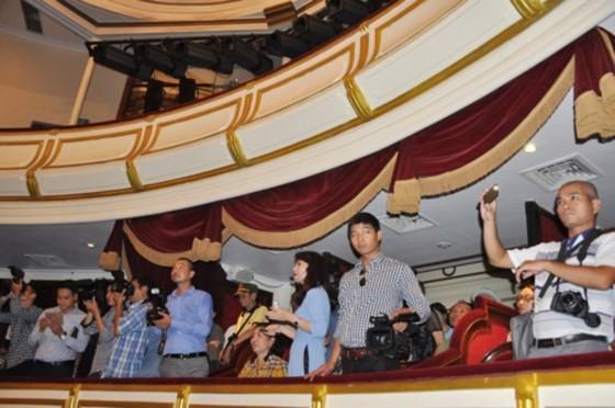 Nhà hát hơn 100 năm tuổi chính thức mở cửa đón du khách ảnh 1