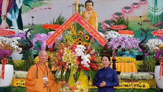 Phật giáo Việt Nam có nhiều đóng góp quan trọng vào sự phát triển của đất nước ảnh 5